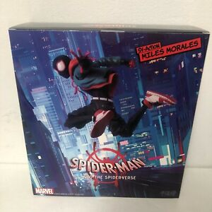 NEW Sentinel SV-ACTION MILES MORALES INTO THE SPIDER-VERSE MAFEX SCALE Figure