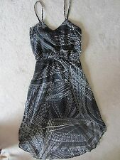 WOMEN'S EXPRESS BLACK AND WHITE HI LOW SPAGHETTI STRAP SUPER CUTE DRESS SIZE XS