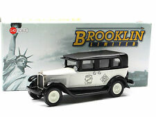 "Brooklin BML 19x 1930 GMC Model 6 TAXI ""Ernie's Cab"" black/white 1/43"