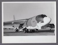 BOEING B-52 STRATOFORTRESS JET BOMBER LARGE VINTAGE PHOTO USAF 10
