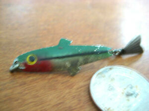 VINTAGE FRED ARBOGAST 'TIN LIZ' FISHUNG LURE IN FAIR USED CONDITION