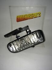 2003-2006 YUKON PASSENGER SIDE FOG LIGHT NEW GM #  10385055