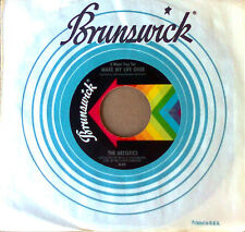 THE ARTISTICS - SUGAR CANE b/w MAKE MY LIFE OVER - BRUNSWICK 45
