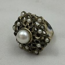 Many Pearls Fashion Jewelry-Adjustable Size Large Metal Flower Shaped Ring W/