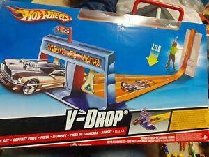Hot wheels V_Drop track set brand new