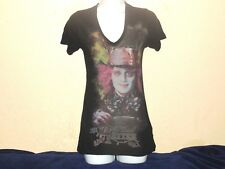 Disney's Alice In Wonderland The Mad Hatter T-Shirt Womens Small V-Neck