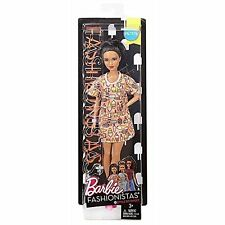 Barbie DVX78 Fashionistas Style So Sweet Petite Doll