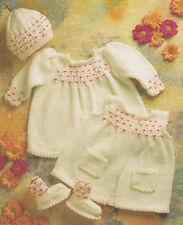 environ 55.88 cm Bébé garçons filles Easy Knit Pull Cardigan Tricot Motif dk /& 4ply 12-22 in