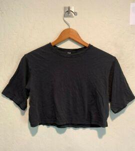 Lululemon Athletica Women's Cropped T-Shirt Size 2 Black Short Sleeve VGUC