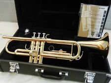 Beautiful Yamaha YTR-2335 Student Trumpet / A+ EXCELLENT MINTY Condition +++