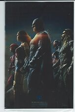 SAN DIEGO COMIC CON 2017 SDCC JUSTICE LEAGUE OF AMERICA #10 FOIL PHOTO VARIANT