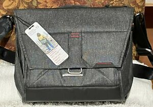 "Peak Design Everyday Messenger II 13"" - Charcoal"