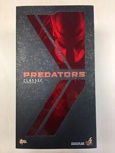 Hot Toys MMS 162 Predators Classic Predator 14 inch Figure (Normal Version) NEW