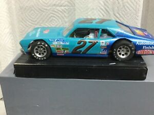 New H&R hard body slot car 26,000 rpm motor custom painted and decals then clear