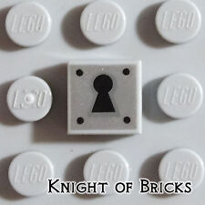 Lego Minifigure LIGHT GRAY Tile 1x1 Castle Door Treasure Chest Lock Keyhole
