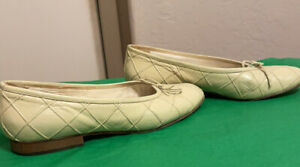 Rene Mancini Pastel Green Leather Loafers. Size 36