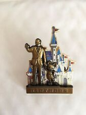 DISNEY WDW MICKEY MOUSE WALT DISNEY PARTNERS CINDERELLA CASTLE PIN ON PIN