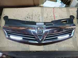 2004 - 2010  VAUXHALL ASTRA H FRONT GRILL 5 DOOR OR ESTATE with DAY LIGHTS