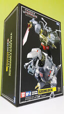 TRANSFORMERS MASTERPIECE MP8 GRIMLOCK MIB TAKARA (ONLY OPEN TO REMOVE BATTERIES)