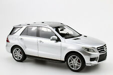 Mercedes ML63 AMG silber 2012 - 1:18 Lucky Step limited Edition