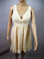 New Womens Lily WhyT Cream Floral Sleeveless Casual Party Summer Dress - Size 10