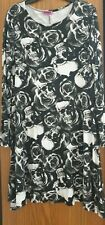 Monochromatic skulls and roses long sleeve t-shirt dress size 16-18 goth punk
