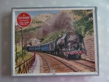 VINTAGE VICTORY WOODEN JIGSAW OF THE FRENCH BLUE TRAIN  - COMPLETE