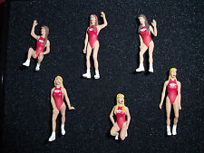 6  FIGURINES  SET 51   HAWAIAN TROPIC GIRLS   VROOM  1/43  UNPAINTED  FIGURES