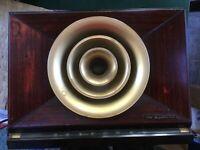 "VINTAGE 1950 RCA ""BULLHORN"" VACUUM TUBE RADIO 9-X-571 9X571, WOOD FRONT CASE"