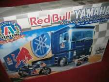 ITALERI® 3806 1:24 YAMAHA WCM Racing Truck&Trailer and motorcycle NEU OVP