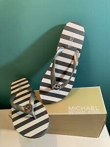 New Box MICHAEL KORS STRIPED FLIP FLOPS WITH CHARM, GRAY/WHITE Size 9