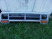 86 to 90 Dodge Ram Ramcharger truck grille Carlisle Chrysler Nationals delivery