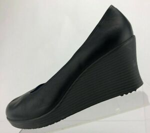 Crocs A-Leigh Wedge Pump Black Leather Casual Shoes Closed Toe Comfort Womens 10
