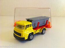 Guiloy - Camion Dodge 38 T Transport de poutres en boîte (1/66)