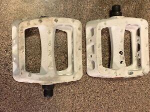 """Odyssey BMX Bike Resin/Plastic Platform Pedals , 9/16"""" Spindles /used"""