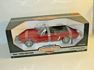 ERTL AMERICAN MUSCLE 1/12TH SCALE 1964 1/2 FORD MUSTANG CONVERTIBLE RED NISP