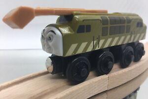 Thomas Wooden Railway Diesel 10 Vintage 2003 SLIDING CLAW Train Set Car Toy