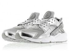 Nike Air Huarache Premium in Pelle UK 9 NUOVE Scarpe Da Ginnastica Sneaker In Argento 693818 001