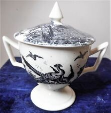 WEDGWOOD LIDDED CUSTARD CUP WITH LIVERPOOL BIRDS PATTERN, PERFECT, DATED c.1915
