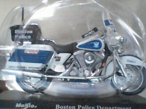 MOTO MINIATURE HARLEY DAVIDSON  BOSTON POLICE DEPARTMENT MAISTO