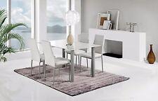 Mesa de comedor fija elaborada en cristal templado color blanco 140x90x75