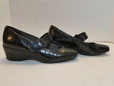 Lifestride EMMA Black Faux Croc Wedge Comfort Medium Heel Shoes Women's 7.5M