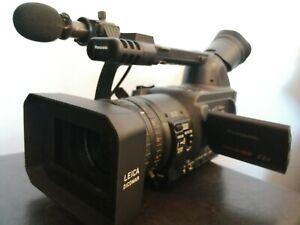 Caméra Panasonic AG-HVX200MC + 2 x P2 64GB + sac de transport KATA