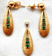 Vintage 14K Solid Gold And Natural Emerald Earrings and Pendant Set