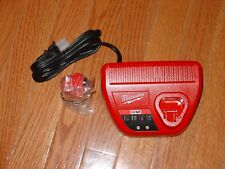 New Milwaukee M12 Red Lithium 12V Li-Ion 1.5 Battery 48-11-2401 and  Charger