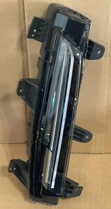 2021 and up GM Cadillac Escalade RH LED DRL Fog Lamp 84873045 Front Bumper OEM