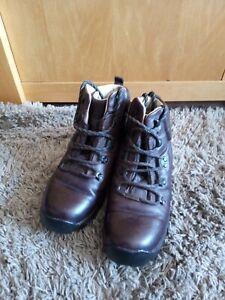 Brasher Superlite GTX Size 5 Ladies Walking Boots