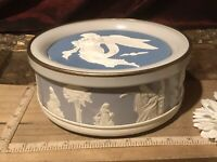 "Vintage Rare Wedgewood Blue Guildcraft Fruit Cake Tin Ward Foods 8 1/8""x3 3/8"""