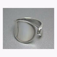 Artistic Shell ring White - Sterling Silver .925