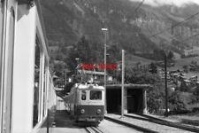 PHOTO  SWITZERLAND TRAIN 1985 WAB WENGEN TRAIN MOTOR LEADING